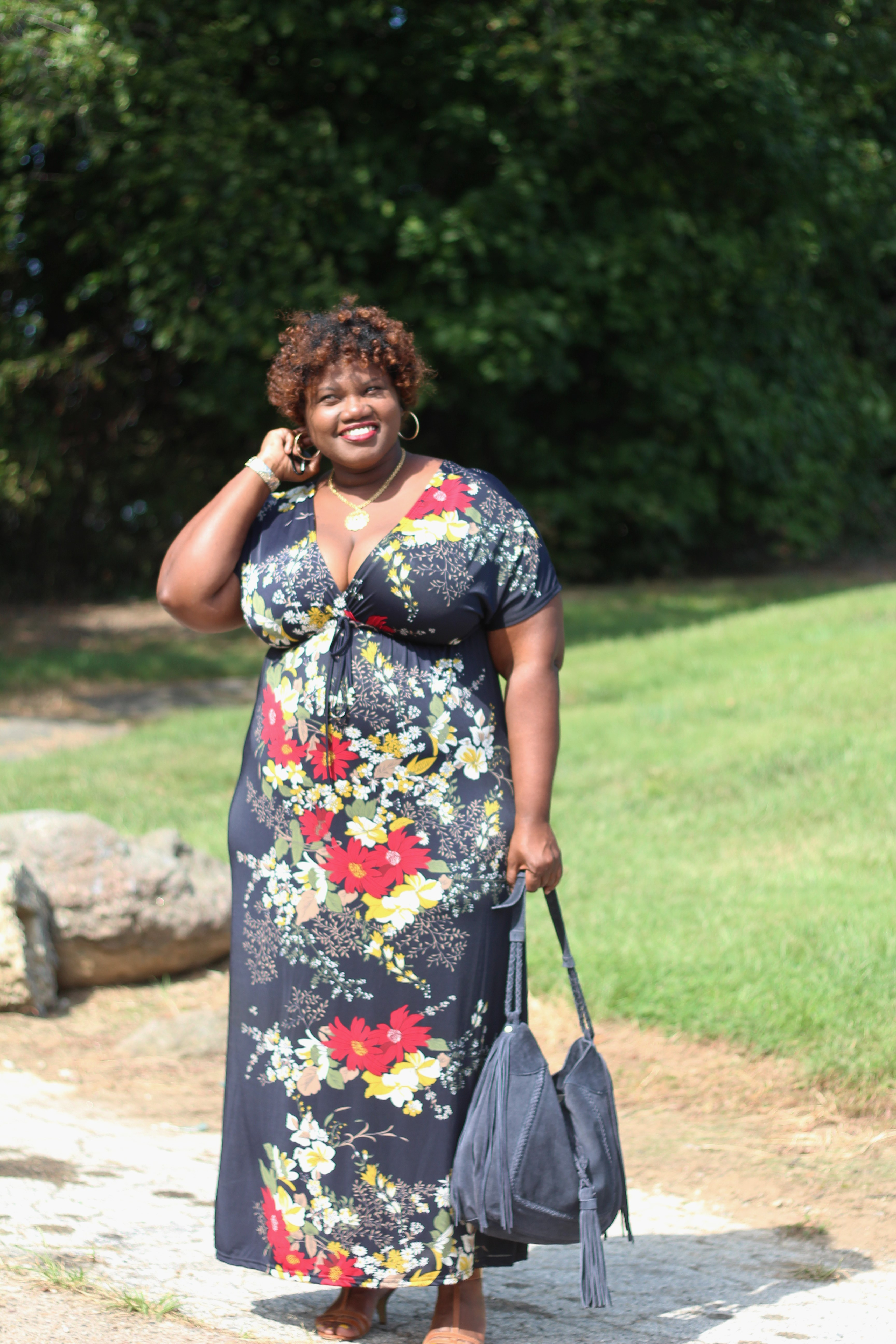maxi dress, kimono sleeve maxi dress, printed maxi dress, plus size maxi dresses, plus size maxi, zara, suede bags, tassel bags, hobo bags, plus size fashion, plus size blogger, plus size bloggers, curvy, curvy women, curvy girls, curvy blogs, curvy bloggers, bloggers who are curvy, over 40 bloggers, over 40 blogs, curvy fashion blogs, curvy fashion bloggers, floral print