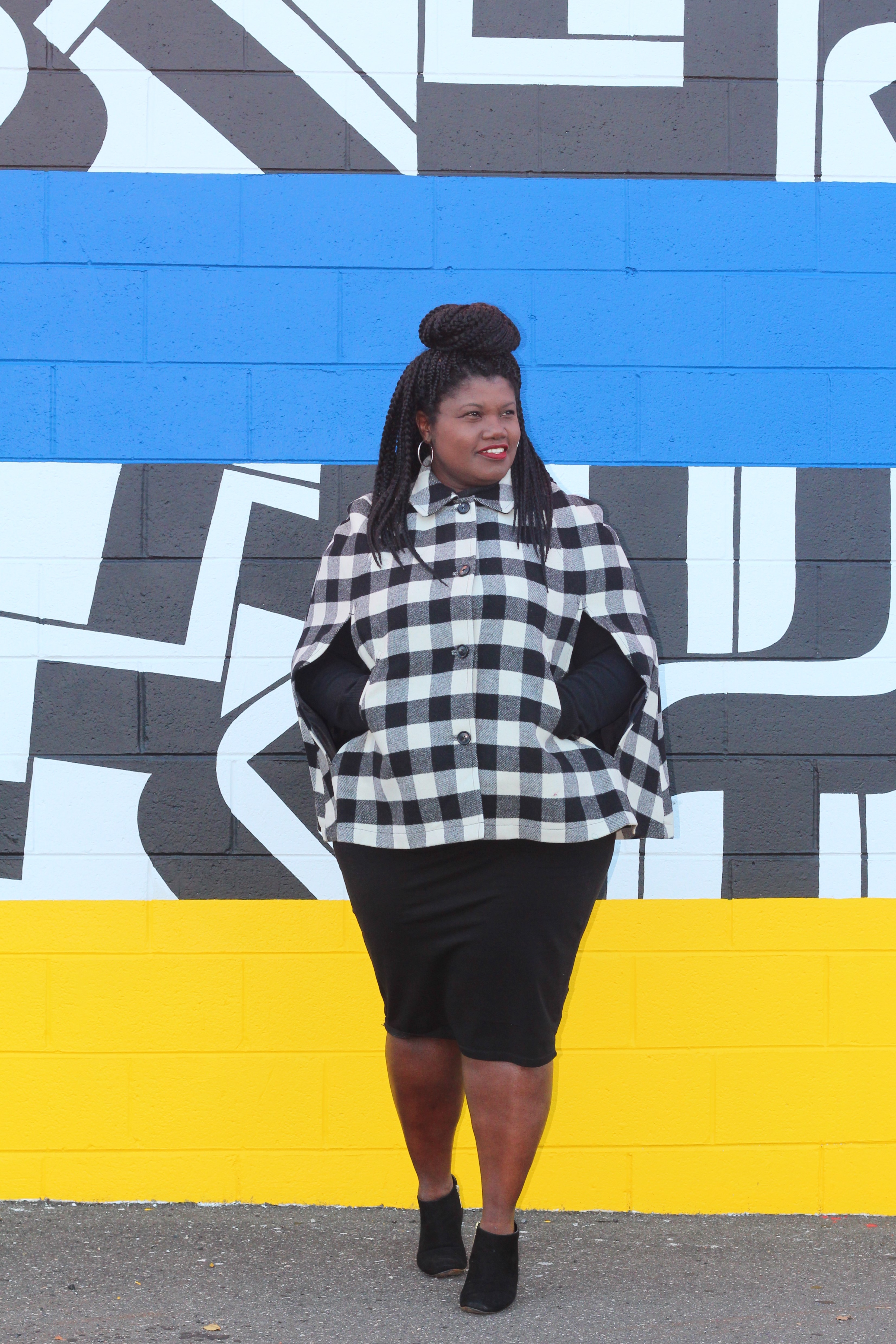 buffalo check cape, buffalo check, talbots, capes, pencil skirt, turtleneck, ankle boots, plus size fashion, fall fashion, plus size bloggers, plus size blog, curvy blogs, curvy bloggers, curvy women, curvy girls, murals, murals at swanson walk, murals at snyder plaza, philly murals, murals in philadelphia