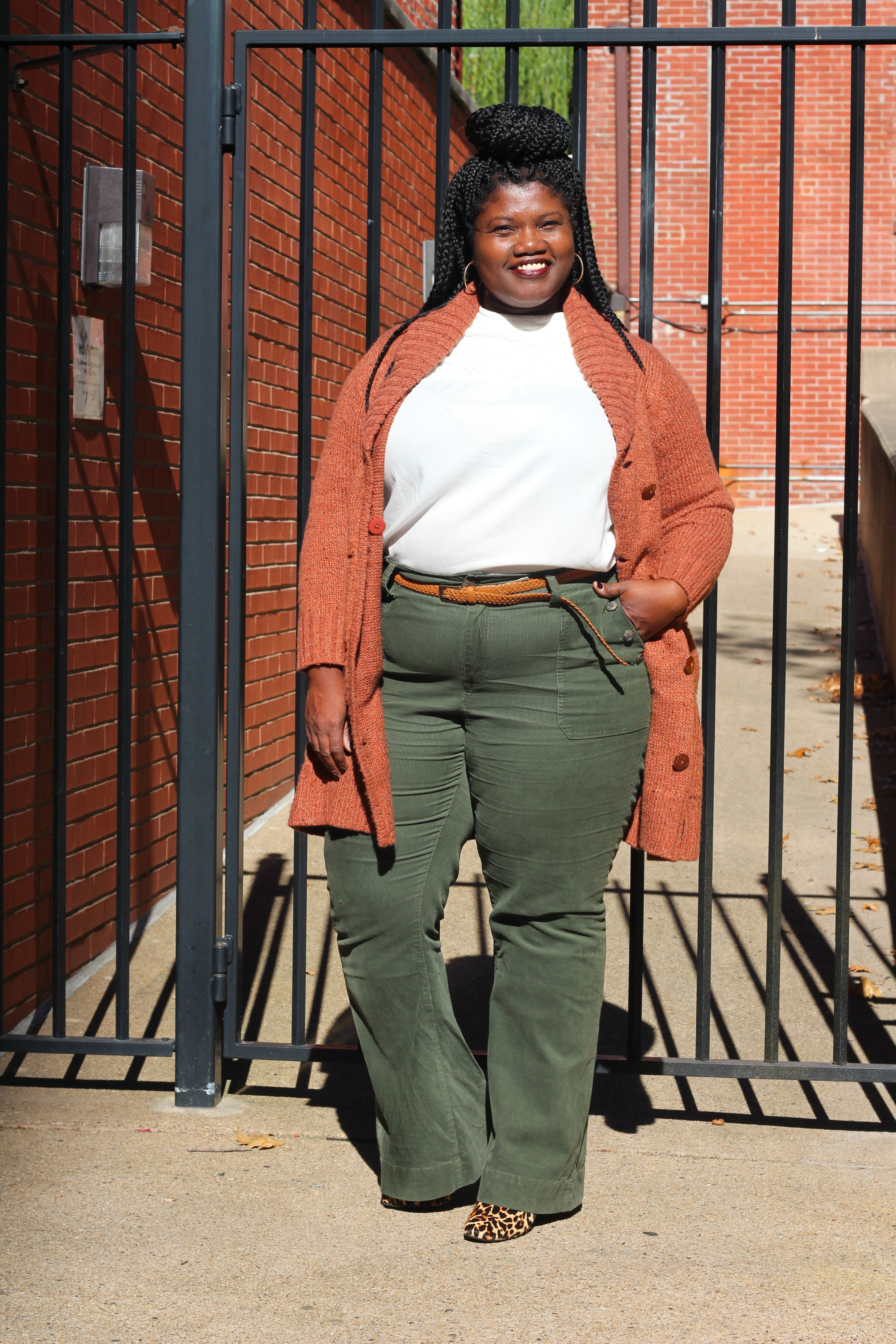 plus size fashion, plus size clothes, cardigans, long cardigans, melissa mccarthy 7, plus size pants, plus size cords, leopard print ankle boots, ankle boots, curvy women, curvy girls, curvy bloggers, curvy blogs, plus size bloggers, plus size bloggers, flare pants, plus size flare pants