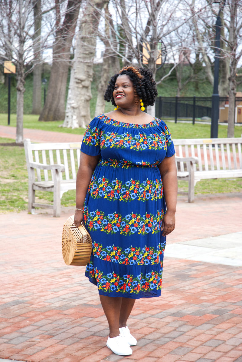 plus size fashion, midi dress, plus size midi dress, old navy dress, off the shoulder dress, floral dress, spring dress, wicker bag, wood bag, woven bag, dresses for plus size women, summer dress, summer dress for plus size women, plus size summer dresses, plus size summer dress, plus size blogger, plus size blog, curvy blog, curvy blogger, curvy, curvy women, over 40 blogs, over 40 bloggers
