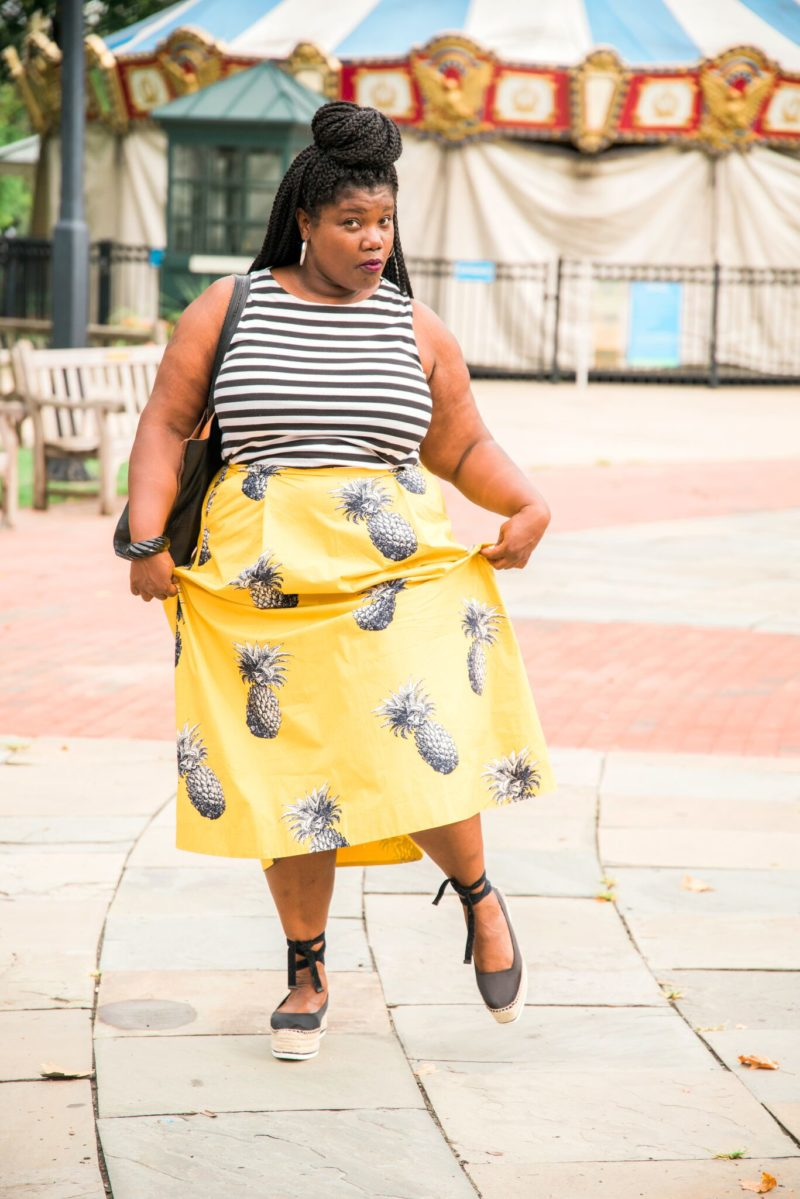 plus size fashion, fashion, mixed prints, mix print outfit, stripes, stripe shirt, loft, ann taylor loft, tea length skirts, pineapple print skirt, skirts with fruit print, platform sandals, platform espadrille sandals, espadrilles, tote bags, faux leather tote bag, curvy, curvy woman, curvy blogger, curvy blogs, plus size blog, plus size blogger, blogs for plus size women