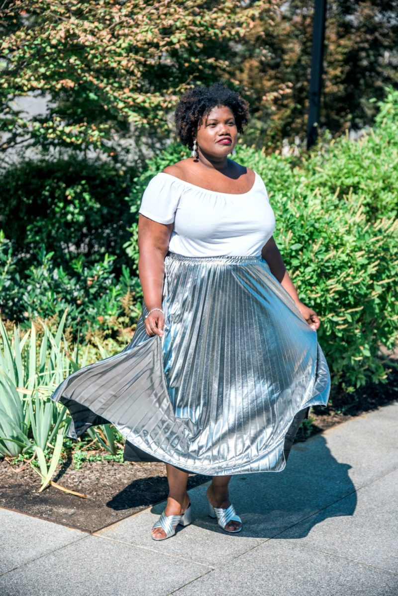 plus size clothing, plus size style, plus size fashion, maxi skirt, pleated maxi skirt, silver skirts, metallic skirts, metallic maxi skirt, off shoulder tops, plus size off the shoulder top, mules, mule sandals, steve madden mule sandals, simply be skirts, curvy, curvy women, curvy girl, curvy bloggers, curvy blogs, curvy blog, blogs for curvy women, 40+ women, 40+ women bloggers, natural hair