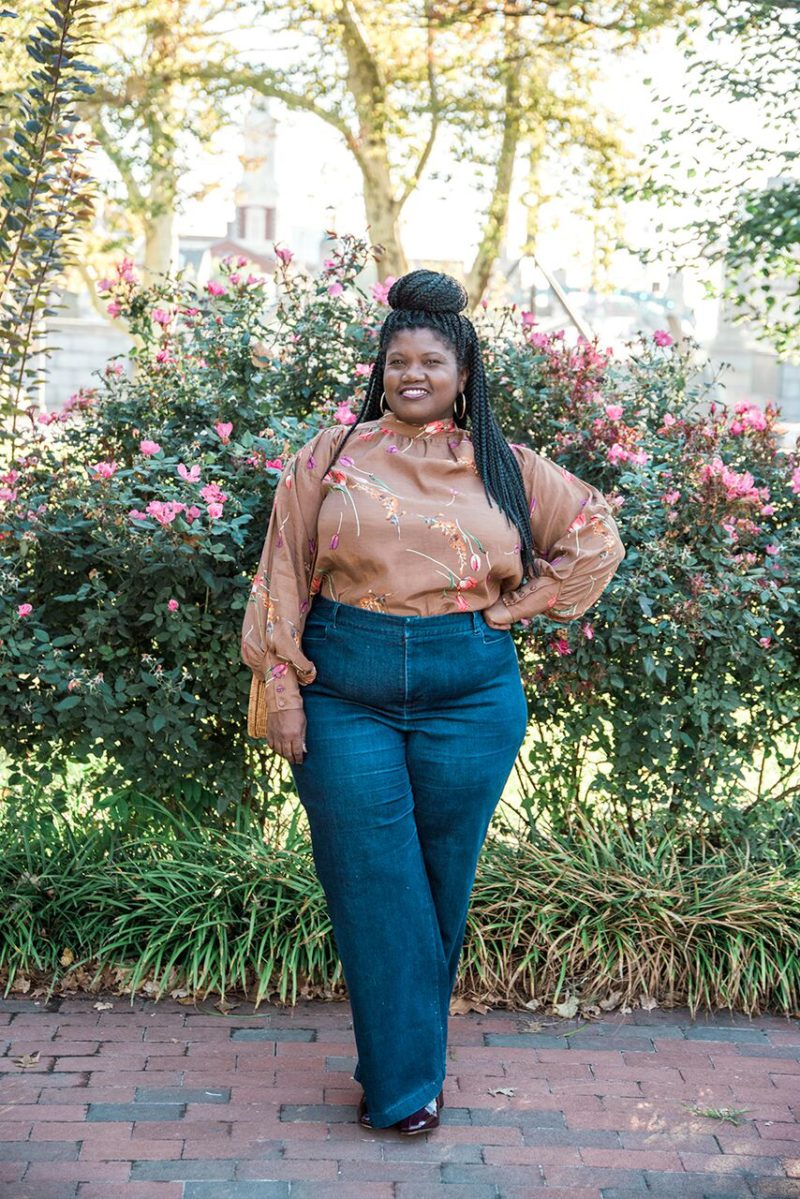 plus size fashion, plus size jeans, wide leg jeans, high waist jeans, eloquii jeans, trouser jeans, hm, hm blouses, printed blouses, crochet braids, fall fashion, plus size bloggers, plus size blogs, curvy, curvy women, curvy bloggers, curvy blogs, blogs for curvy women, blogs for plus size women